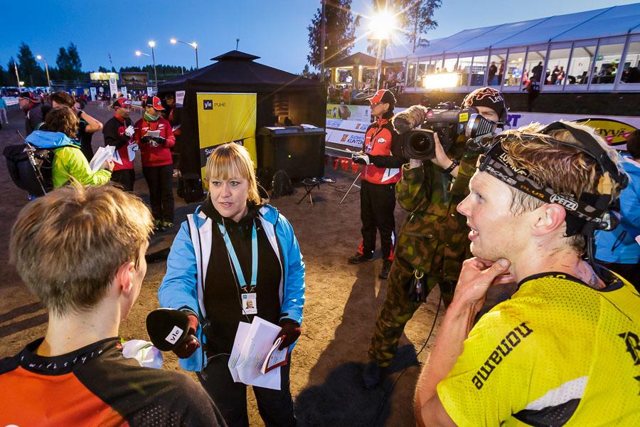 Yle raportoi Jämsä-Jukolassa koko yön, samoin Kuopio-Jukolassa.